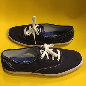 10 Keds Classic champion sneakers navy worn once